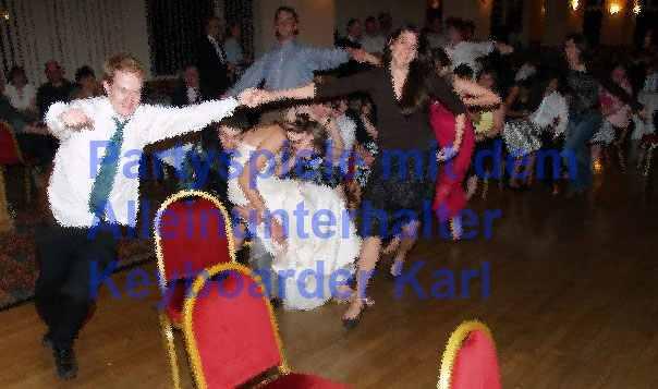 Partyspiel mit Keyboarder Karl, Alleinunterhalter NRW und Party DJ Nrw